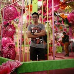 Li Ven Low